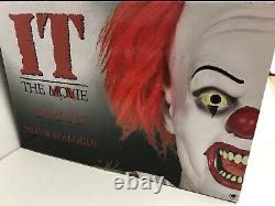 Animated PENNYWISE It Life Size 6 ft Prop Classic Clown Morbid Rare NEW in BOX