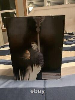 Brand New HALLOWEEN THE NIGHT HE CAME HOME / NECA 2004. Rare Collectible