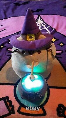 NEW! RARE LIMITED EDITION GUND Halloween PUSHEEN Cat WITCH & LIGHT UP Cauldron