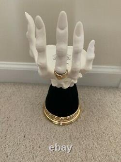 New 2021 Bath Body Works Halloween VAMPIRE HAND Candle Holder Witch VHTF RARE