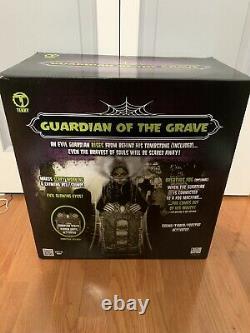 RARE Spirit Halloween Guardian Of The Grave Animatronic