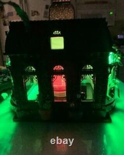 Rare New Bath & Body Works Halloween 2021 Haunted House Luminary Candle Holder