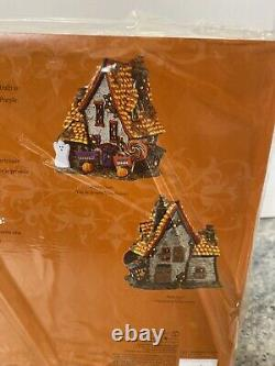 Rare New Dept 56 Halloween Village Sweet Trapping Cottage 4051012 Candy Corn