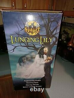 Spirit Halloween Lunging Lily Rare Animatronic Prop Retired NIB