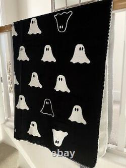 TK Maxx Halloween Huge 150cm X 200cm Black Ghost Goth Decor Throw Blanket RARE